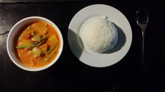 Delicious: vego curry and rice