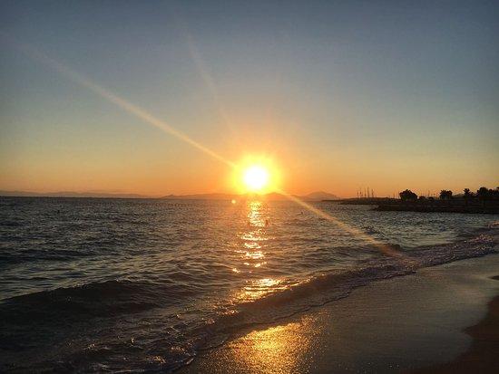 Glyfada Beach : IMG-20170913-WA0035_large.jpg