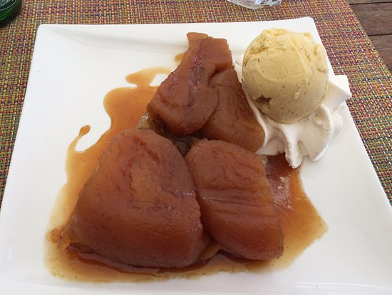 La Napoule, Frankreich: appeltaart met ijs