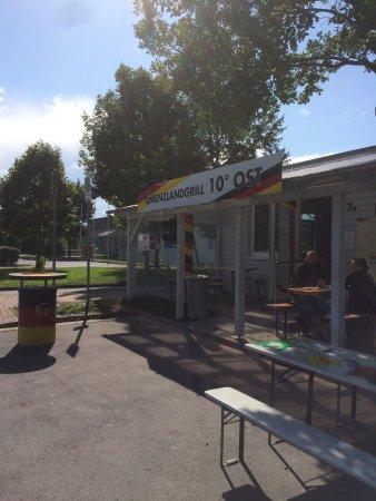 Земля Тюрингия, Германия: Besuch des Grenzlandmuseum in Teistungen. Herr Windolph vom Grenzlandmuseum hat eine kurzweilige