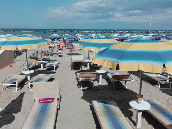 Hotel royal inn san mauro a mare italia prezzi 2017 e - Bagno delio san mauro a mare ...