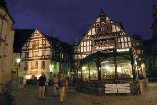Berg\'s Alte Bauernschänke - Hotel & Restaurant - Picture of Alte ...