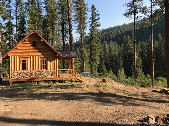 Wallowa, Oregón: Our gorgeous cabin -- just opened!