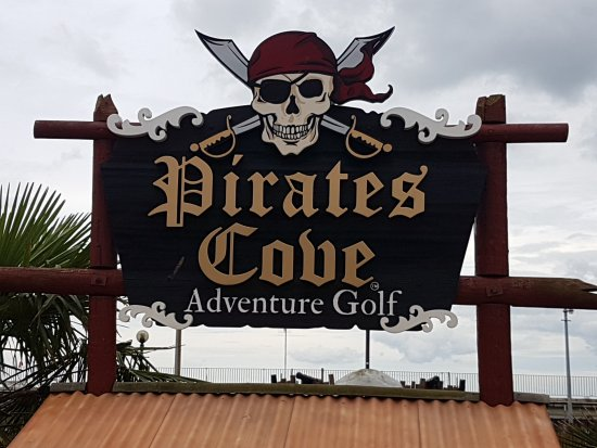 Pirates Cove Adventure Golf: Welcome Sign
