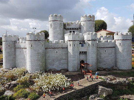 Merrivale Model VIllage: Model Village Castle