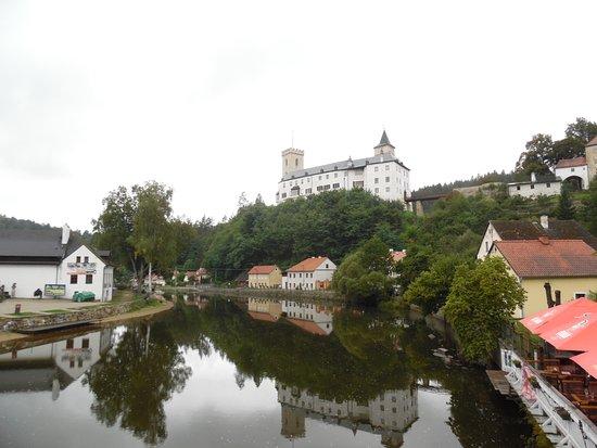 Rozmberk nad Vltavou, République tchèque : Moldau und Schloss