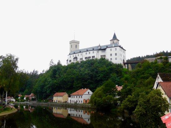Rozmberk nad Vltavou, République tchèque : Blick zum Schloss