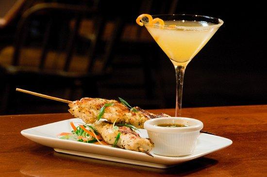 Eagle, Αϊντάχο: Ginger Chicken Satays with Ginger Rum Cocktail