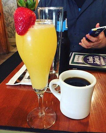 Linda Jean's Restaurant : This mimosa was soooo goood