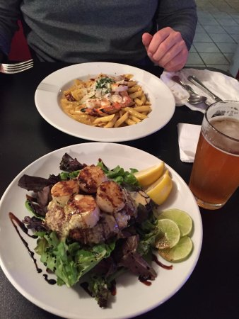 Rockaway Beach, Oregón: Scallops and Pasta Carbonara