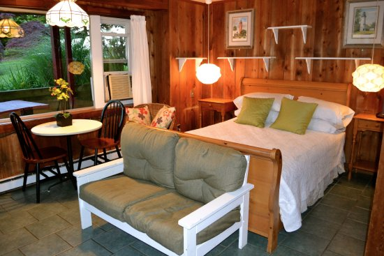 Hither House Cottages : One Room Efficiency