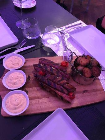 Valencay, France: Très bon accueil très bonne cuisine tout était impeccable encore merci pour votre cuisine