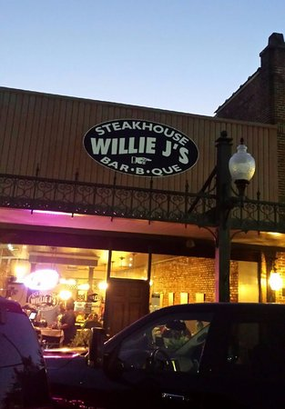 Willie J's BBQ and Steakhouse
