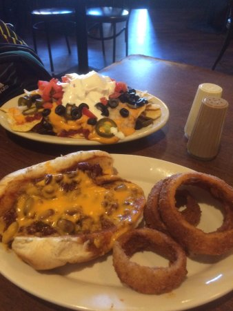 Binghamton, NY: Chili cheese dog and nachos