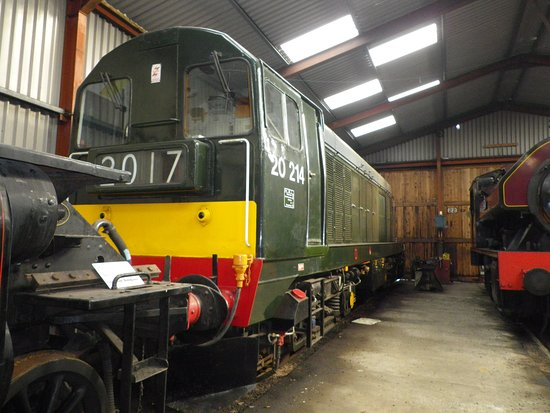 Bowness-on-Windermere, UK: A bit of what trains are in the shed