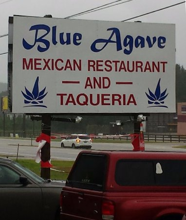 Ozark, AL: Authentic Mexican food that is delicious! Great hand mixed Blue Agave Margaritas