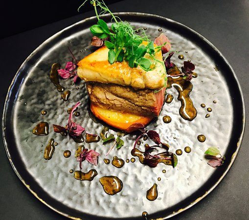 Bonlez, Belgium: Snacké de boeuf Simmental au foie gras