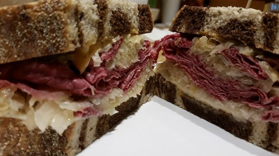 Ballston Spa, Nova York: Classic Reuben on Marble Rye