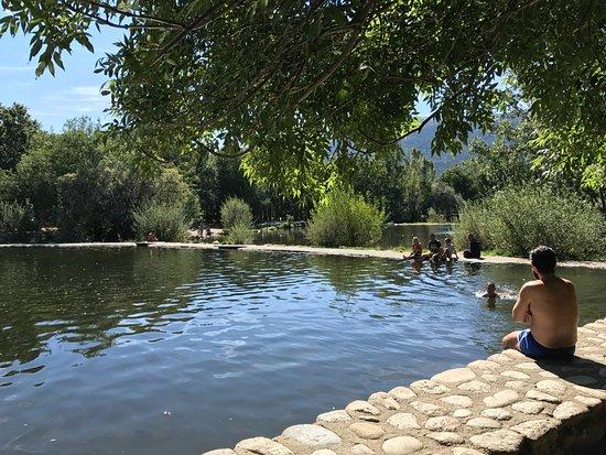 Las presillas piscinas naturales de rascafria spanien for Las presillas piscinas naturales de rascafria