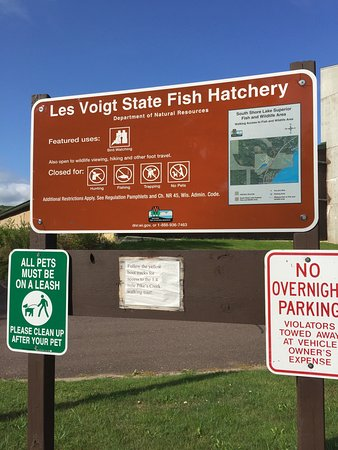 Les Voight State Fish Hatchery Visitor Center