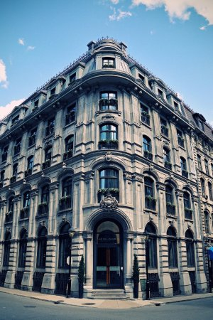 Hotel Gault : The magnificent nineteenth century façade built in montreal greystone.