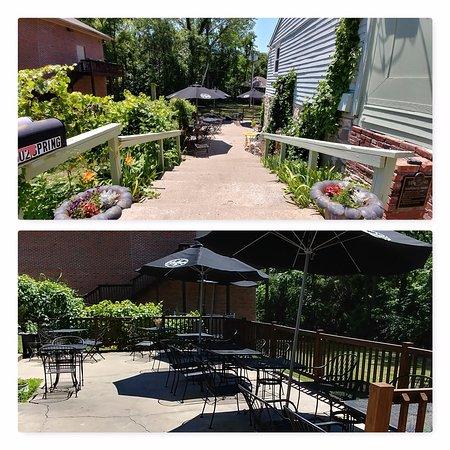 Weston, MO: patio
