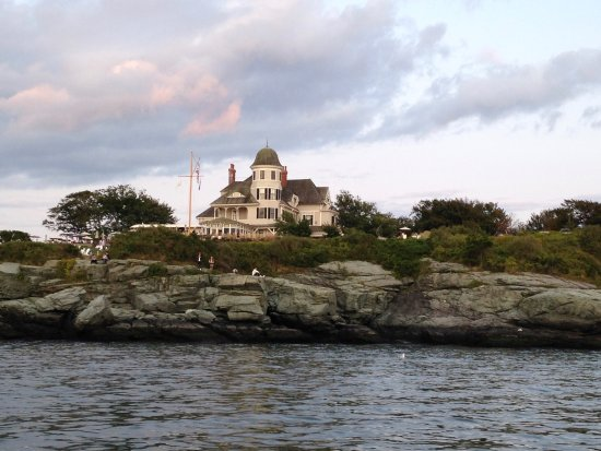 The Dining Room At Castle Hill Inn As Seen From Sunset Cruise Tour