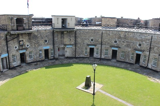 ‪Harwich Redoubt Fort‬