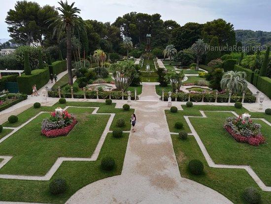 Vista dei giardini picture of villa jardins ephrussi for Villa jardins ephrussi de rothschild