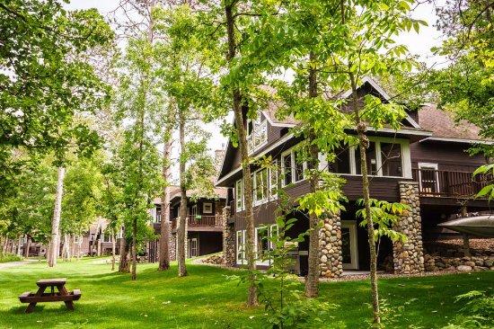 นิสสวะ, มินนิโซตา: Roy Lake Cottages