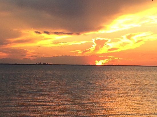 Point Clear, AL: Romantic Sunset Over Mobile Bay