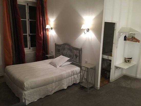 Thouars, France: Villa des Glycines