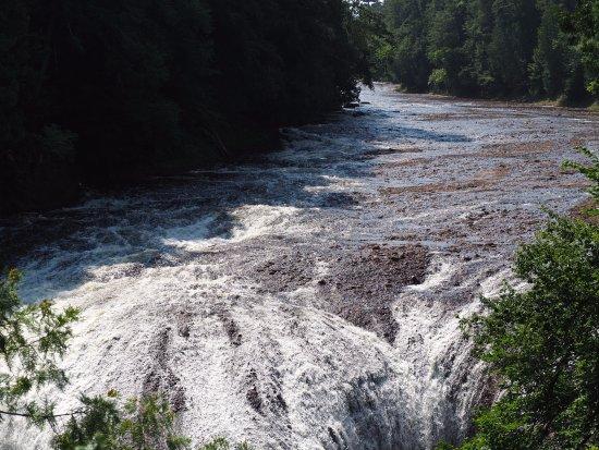Ironwood, Μίσιγκαν: The second stop along the falls