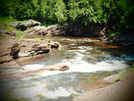 Ironwood, MI: This is the last of the falls.  There was a lot of rocks to hike across