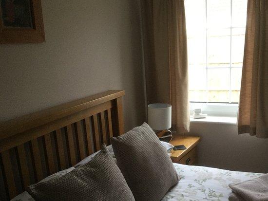 Saint Saviour, UK: Double bedroom
