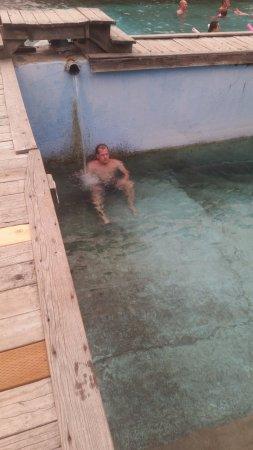 Polaris, MT: hot water input of the medium pool