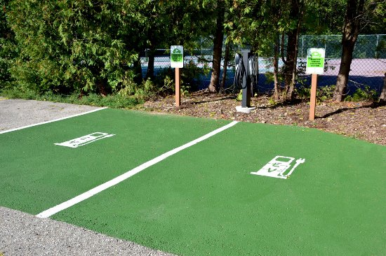 Egg Harbor, WI: Electric Vehicle Charging Station - one of the newest amenities at the resort.