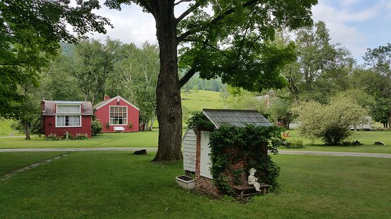 Arlington, VT: The studio of Norman Rockwell where yo can actually paint and stay