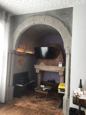 La Vid, Spain: Excellent hotel very quirky rooms well worth a stay