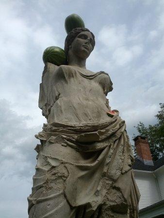 Ridgefield, คอนเน็กติกัต: Entropy & Watermelons