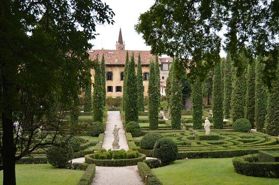Giardino giusti bild von palazzo giardino giusti verona for Giardino e palazzo giusti