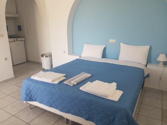 Coralli Beach Apartments: 20170904_121416_large.jpg