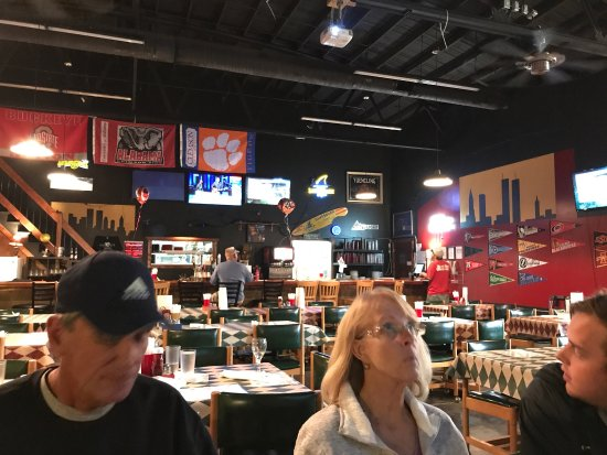 photo1.jpg Picture of Blue Jeans Pizza & Pasta Factory