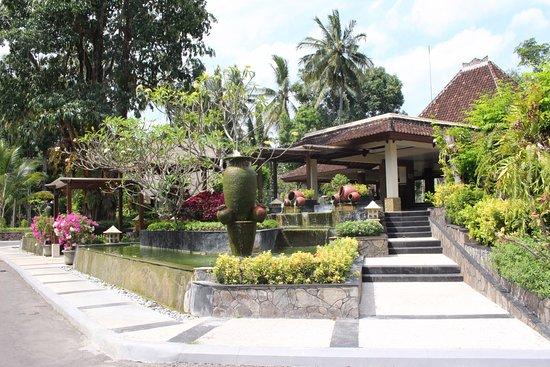 Kila Senggigi Beach Lombok: reception