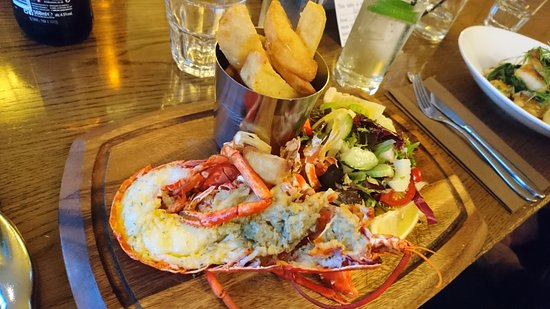 Castel, UK: Half lobster special