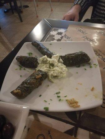 Piato Restaurant: Dolmades