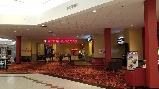 Regal Silver City Galleria 10