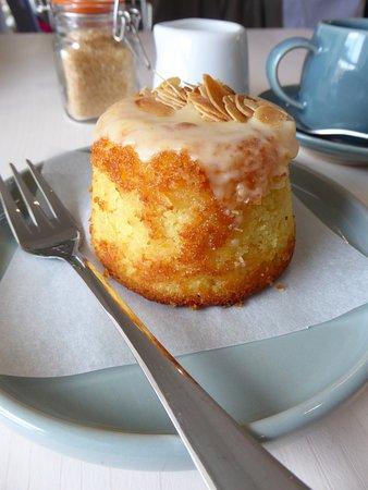 Maynooth, Irlanda: Moroccan orange cake