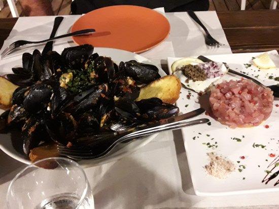 Cornino, Италия: La Capannina