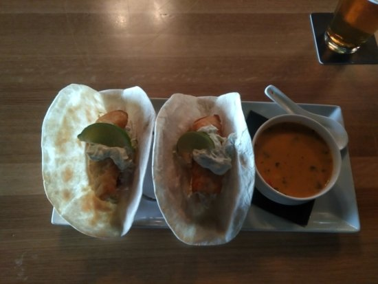 A Touch of English Bed & Breakfast: Fish tacos and Thai soup